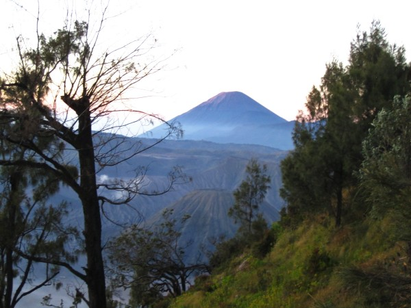 Watching the sunrise over the Tengger Massif