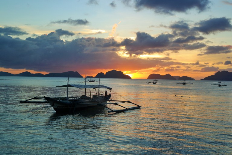 Sunset over limestone karsts in El Nido, Palawan
