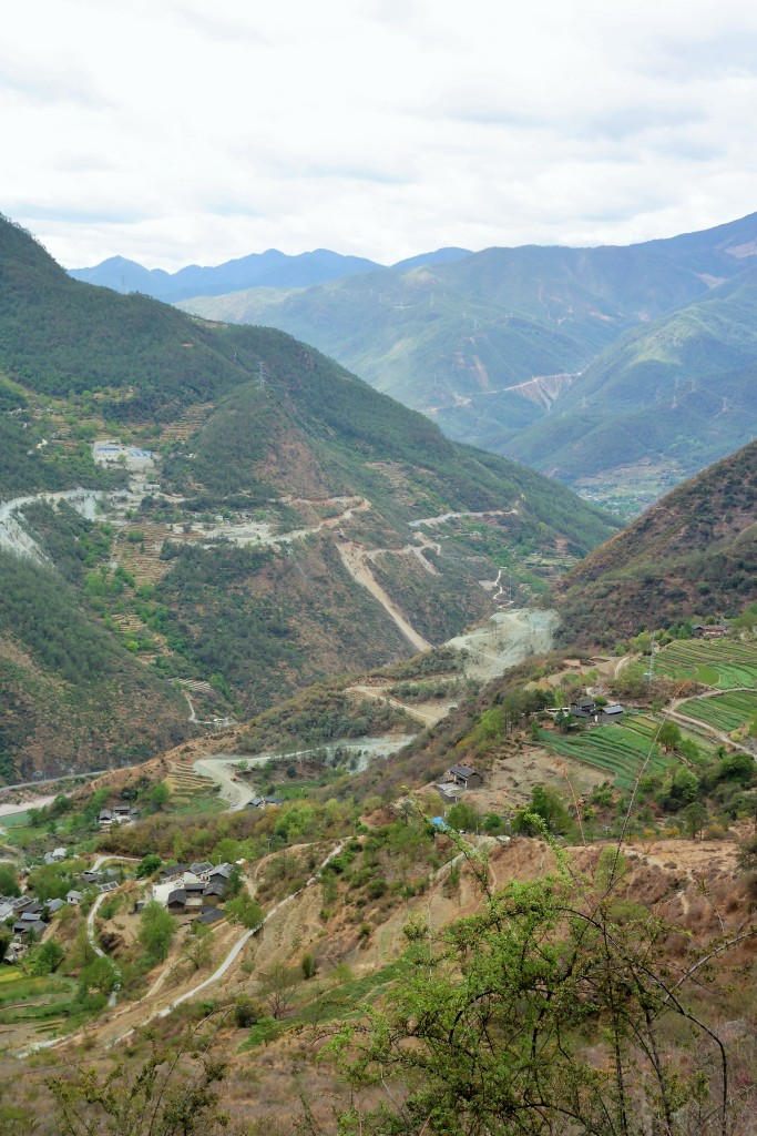 Aerial view of Tiger Leaping Gorge from day one of the trek